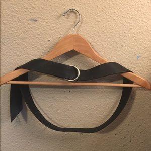 Wrap around belt