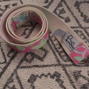 Lilly Pulitzer belt large