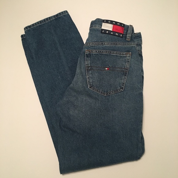 3da7d3c59 Tommy Hilfiger 90s mom jeans 27x30. M_5a137553bcd4a7cde100a606