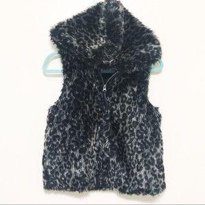 Faux Fur Hooded Zip Up Vest