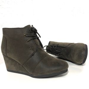 Pierre Dumas Brown Lace-up Ankle Boots Booties