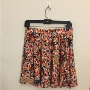 Xhilaration floral skirt