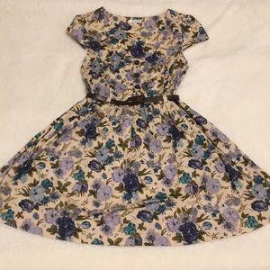 Adorable belted cap sleeved floral dress