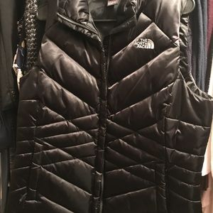 North Face Large Puffy Vest