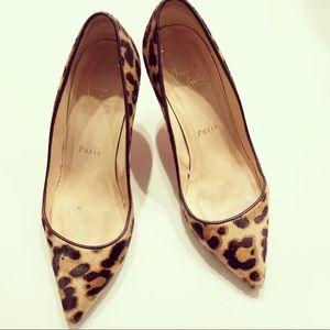 Leopard print Christian Louboutin pumps