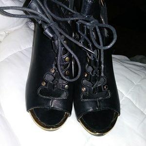 Rue 21 heels