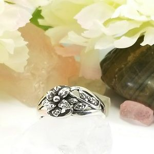 Sterling Silver Plumeria Flower Ring Size 7