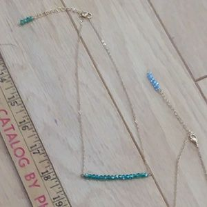 Pretty swarovski crystals SILVER OR GOLD necklaces