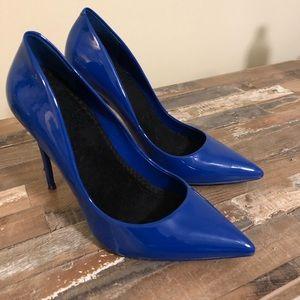 Size 8 Blue Heels