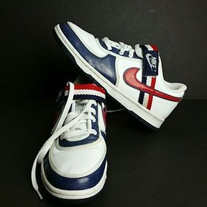 NIKE VANDAL LOW YOUTH/WOMEN SHOES