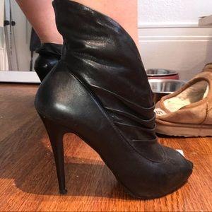 Booties black