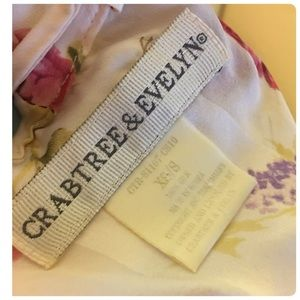 Crabtree & Evelyn robe