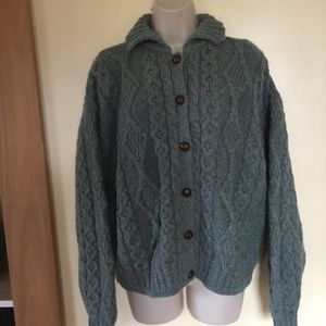 L.L.BEAN wool Irish knit cardigan sweater/green