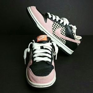 NIKE DUNK LOW WOMEN SHOES