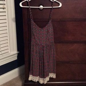 Abercrombie & Fitch pattern romper with lace hem