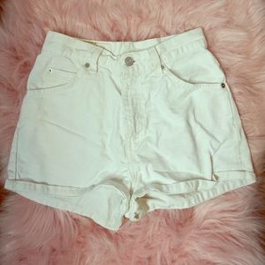 High waisted Levi's White Denim Shorts