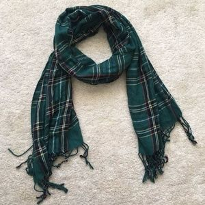 Long Tartan Scarf in Forest Green