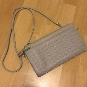 Gray Crossbody clutch with detachable straps