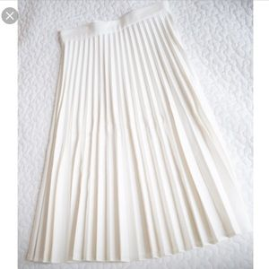 ZARA White Pleated Midi Skirt