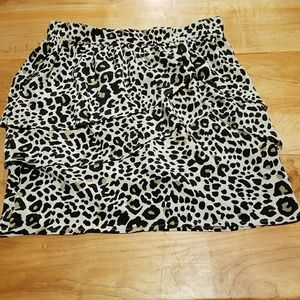 H&M Leopard Tiered Mini Skirt Size 8