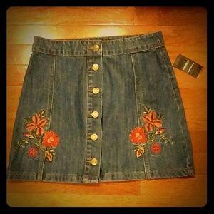 Forever 21 flower mini skirt small new
