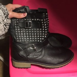Great condition boots