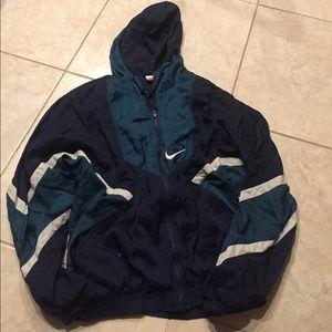 Nike winbreaker jacket