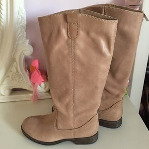 Kenneth Cole Reaction Tan High Shaft Flat Boot
