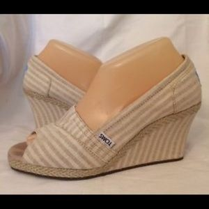 TOMS Cream Striped Wedges