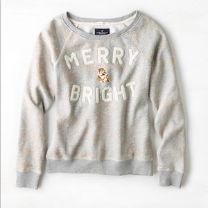 A&E Merry and Bright Sweatshirt Size M