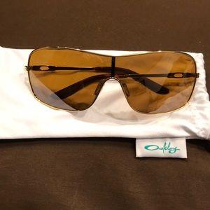 Women's Oakley Distress sunglasses