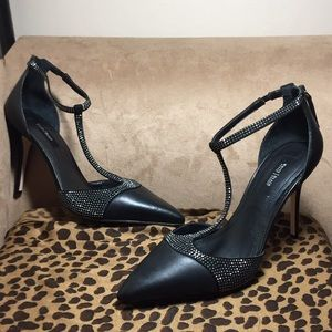 "New sexy black T-Stapped 4"" studded heels size 10"