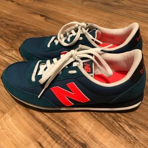 New Balance 410 gym shoes