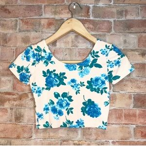 American Apparel 💙 Blue Floral Crop