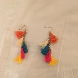 Jewelry - Motley color earrings