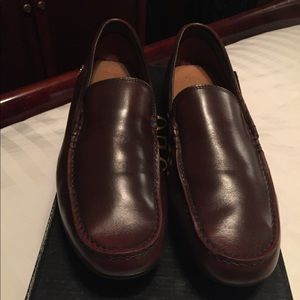 Men's Lacoste loafers size 10.5