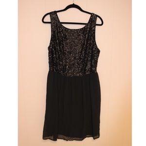 Forever 21 PLUS Sleeveless Sequin Party Dress