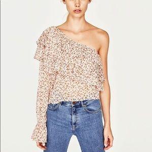 Zara translucency collection top