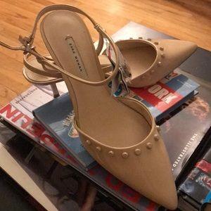 Brand new with tags Zara nude kitten heels sz. 40
