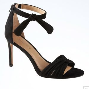 NEW Banana Republic Ankle-Bow High-Heel Sandal 8