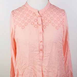 American Eagle Outfitters Shirt size M Pink