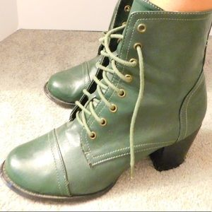 Army Green Military Lace Up Boots Size 9