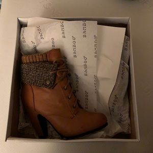NEW IN BOX Bamboo Booties