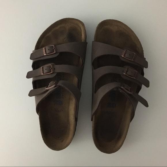 b38f675c33 Birkenstock Shoes - Birkenstock Florida Soft Footbed Birkibuc