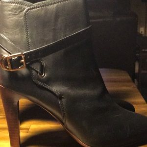 Tory Burch Boots Size 11