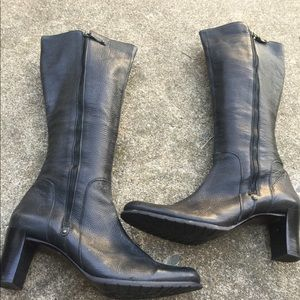 Women's Cole Haan Black Pebbled Leather Boots 11B
