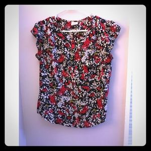Urban outfitters floral top. Size s