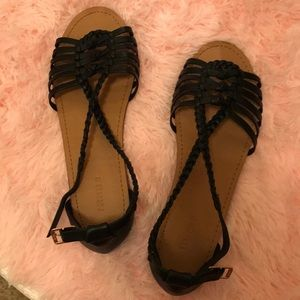 Great condition black sandals