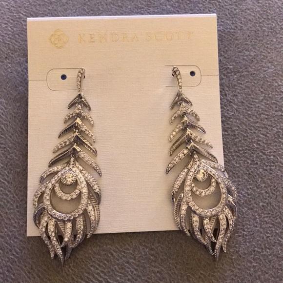 f5282faa0 Kendra Scott Jewelry - Kendra Scott Elettra Earrings in Silver
