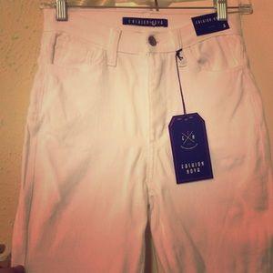 High waisted fashion nova white skinny jean 3 or 5